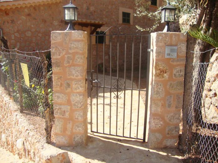 Construcción de barreras exteriores