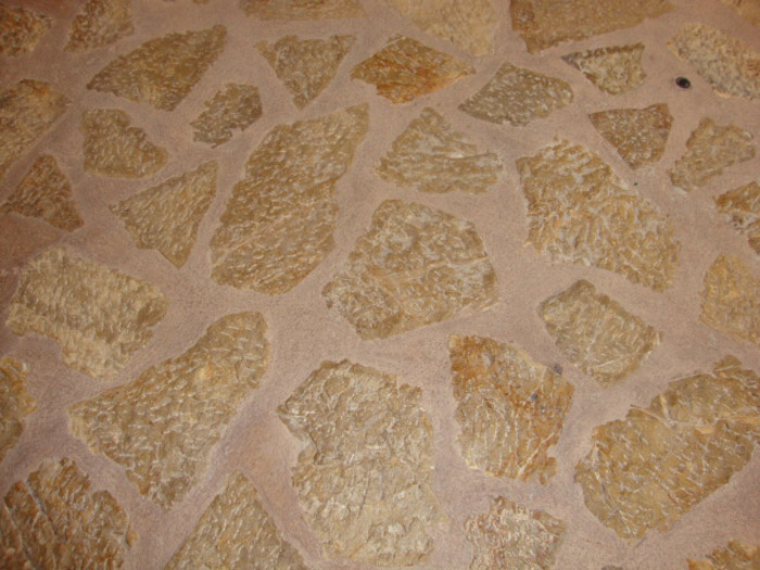 укладка плитки из камня
